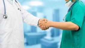lekarek ręk target1502_1_ Medyczni ludzie prac zespołowych Zdjęcia Royalty Free