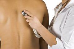 lekarka egzamininuje medycznego pacjenta Zdjęcie Royalty Free