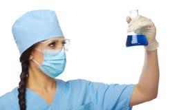 Lekarka z buteleczką odizolowywającą Zdjęcie Stock