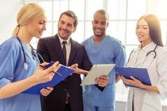 Lekarki i biznesmen Obrazy Royalty Free