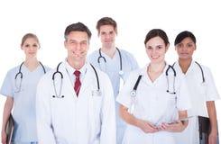 Lekarki i pielęgniarki z stetoskopem Zdjęcia Stock