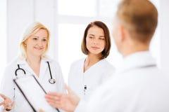 Lekarki na spotkaniu Obraz Stock
