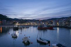 Lekeitio αποβάθρες στο ηλιοβασίλεμα Στοκ εικόνες με δικαίωμα ελεύθερης χρήσης