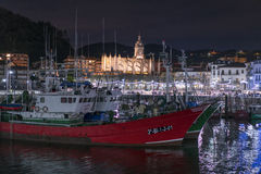 Lekeitio-Docks bei Sonnenuntergang Lizenzfreie Stockbilder