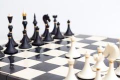 Leken av schacket arkivbild