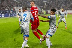 """Leken för liga för UEFA-mästare på stadion """"för RZD ARENA"""", Lokomotiv - Schalke 04 arkivfoton"""