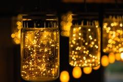 Lekki lampowy wystrój w święto bożęgo narodzenia na bokeh tle Fotografia Stock
