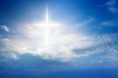 lekki niebo w tle religii niebiańskiej Jezusa zdjęcia royalty free