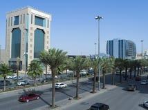 Lekki ruch drogowy na królewiątka Fahad Drogowym wczesnym poranku W Riyadh Zdjęcie Royalty Free