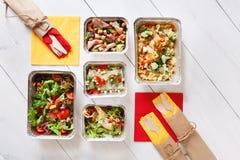 Lekmanna- lägenhet, bästa sikt av organisk mat begreppet bantar Arkivfoto