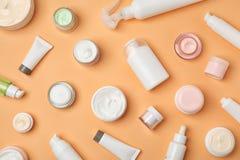 Lekmanna- sammansättning för lägenhet med kosmetiska produkter Royaltyfri Fotografi