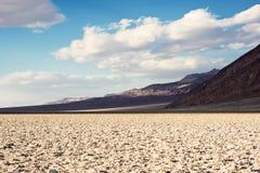 Lekplats för jäkel` s i den Death Valley nationalparken Arkivbilder
