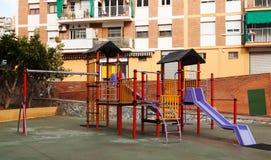 Lekplatsområde i stad Arkivbild