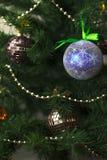 Leksakcloseup på julgranen Arkivbild