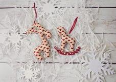 Leksaker för handgjorda garneringar för jul mjuka Royaltyfri Fotografi