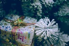 Leksaker för träd för garneringar för nytt år för Ñ-hristmas Arkivfoto