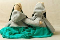 Leksaker kaniner, kaniner, easter som är handgjord Royaltyfri Fotografi