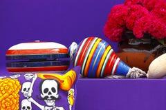 Leksaker och blommor II Fotografering för Bildbyråer
