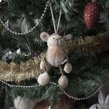 Leksakget på trädet Arkivbilder