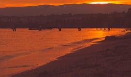 Leman湖日落,阴霾作用 洛桑瑞士 库存照片