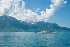 Leman kryssning för sjösommar i Schweiz arkivbild