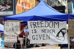 lemas políticos sobre la revolución del paraguas, Hong Kong Imágenes de archivo libres de regalías