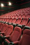 Lemberg, Ukraine - 03 30 2019: Kinotheater Planeta Kino vor Morgendarstellung Spott oben lizenzfreie stockfotos