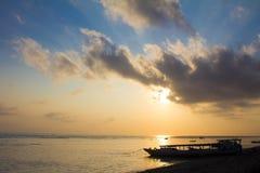 从Lembongan海岛的日出 免版税库存照片