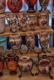 Lembranças antigas dos vasos para a venda Imagens de Stock