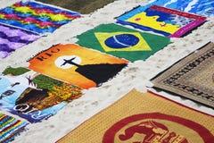 Lembranças ao longo da praia de Copacabana em Rio de janeiro Brazil fotografia de stock royalty free