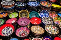 Lembranças de Istambul na feira grande, Turquia Fotografia de Stock Royalty Free