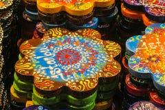 Lembranças de Istambul na feira grande, Turquia Fotos de Stock
