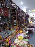 Lembranças tibetanas Lhasa do mercado imagens de stock royalty free