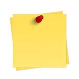 Lembrete amarelo com pino Fotos de Stock Royalty Free