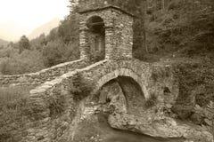 Steinbrücke in Lemie Stockfotografie