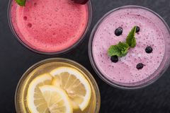 Lemon And Currant Smoothie Stock Images