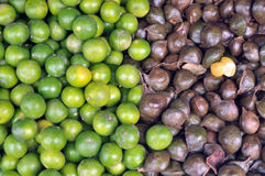 Lemon and Archidendron jiringa Nielsen  (Luk nieng, Djenkol bean fruit) Royalty Free Stock Image