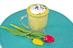 Lemon cake in a mug Royalty Free Stock Images