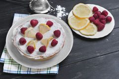 Lemon cake with raspberrie Royalty Free Stock Images