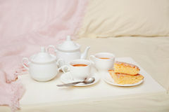 Lemon cake with tea Royalty Free Stock Images