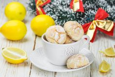 Lemon cookie with powdered sugar in a white Cup Royalty Free Stock Photos