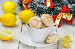 Lemon cookie with powdered sugar in a white Cup Royalty Free Stock Images