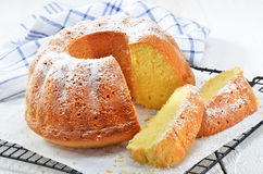 Lemon gugelhupf with icing sugar Royalty Free Stock Photos