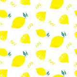 ABSTRACT YELLOW LEMON SLICE SEAMLESS VECTOR PATTERN. FRESH SUMMER FEELING PATTERN. LEMON. JUICY AND FRESH. SEAMLESS VECTOR PATTERN. SUMMER FEELING. FUNNY FUIT royalty free illustration
