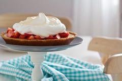 Lemon strawberry meringue pie Stock Photography