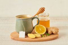 Lemon tea with honey and ginger Royalty Free Stock Photos