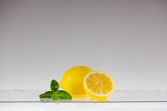 Lemon with water splash Royalty Free Stock Photos