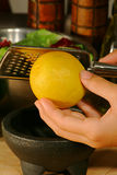 lemon zesting Zdjęcie Stock