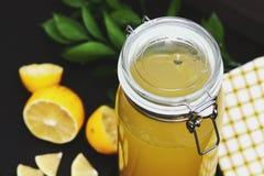 LemonadeCool lemoniada z cytryną obraz royalty free
