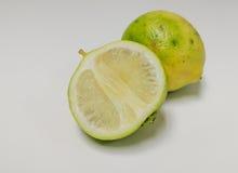 Lemonds孤立 免版税库存照片